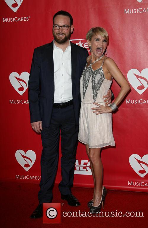 Dana Brunetti and Kristin Chenoweth 2