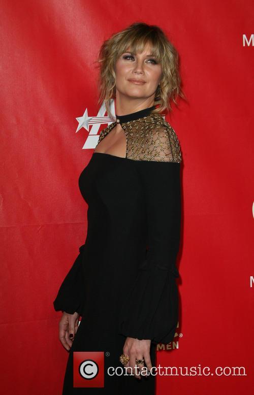 Jennifer Nettles 29