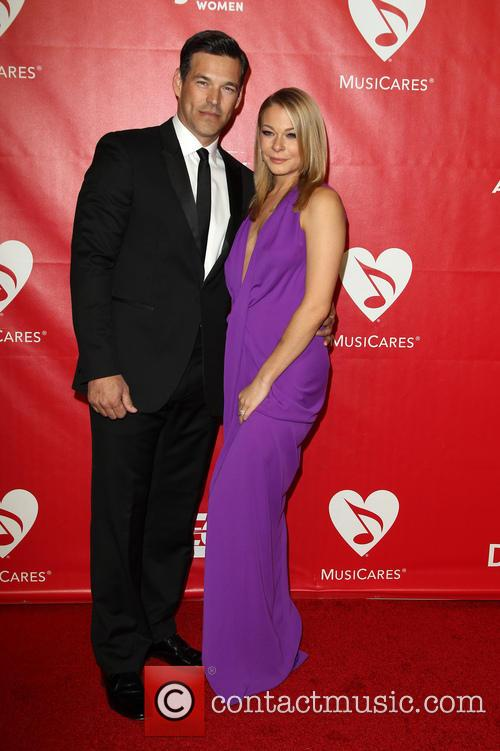 eddie cibrian leann rimes 2014 musicares person of 4040046