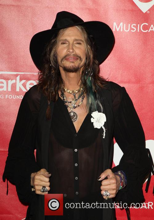 steven tyler 2014 musicares person of the 4040067