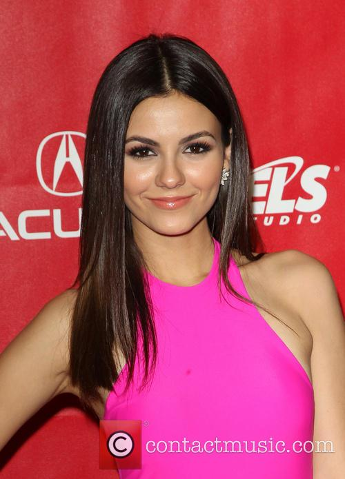 victoria justice 2014 musicares person of the 4039962