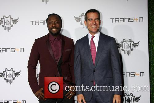 Will.i.am and Eric Garcetti 3