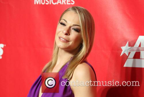 leann rimes 2014 musicares person of the 4040131
