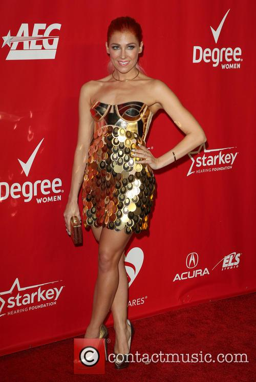 bonnie mckee 2014 musicares person of the 4039736