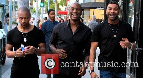 Tyrese Gibson, Tank and Ginuwine walking along Rodeo...