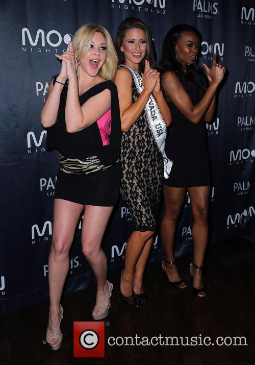 Shanna Moakler, Nia Sanchez, Miss Nevada 2014 and Guest 1