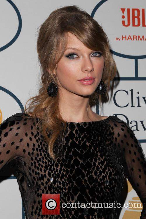 Taylor Swift, The Beverly Hilton Hotel, Grammy, Beverly Hilton Hotel