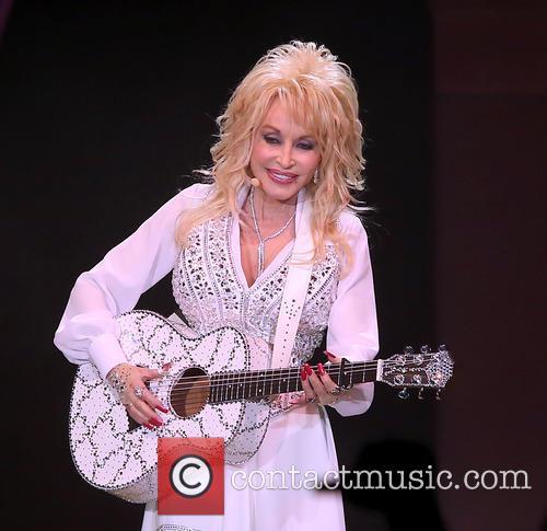 Dolly Parton 29