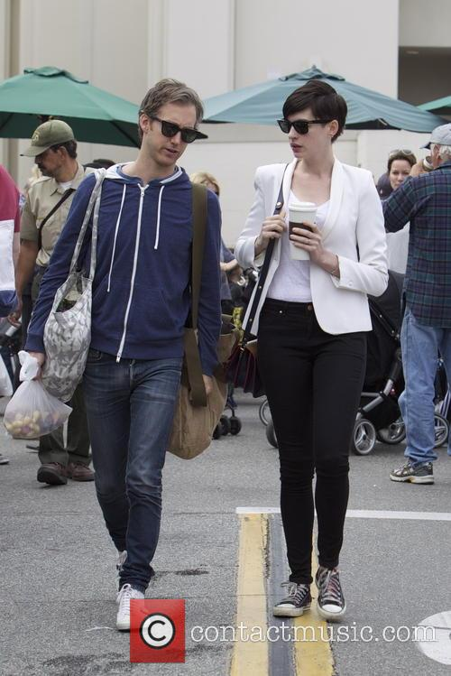 Anne Hathaway and Adam Shulman 4