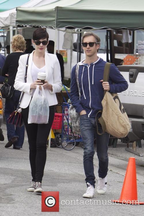Anne Hathaway and Adam Shulman 17