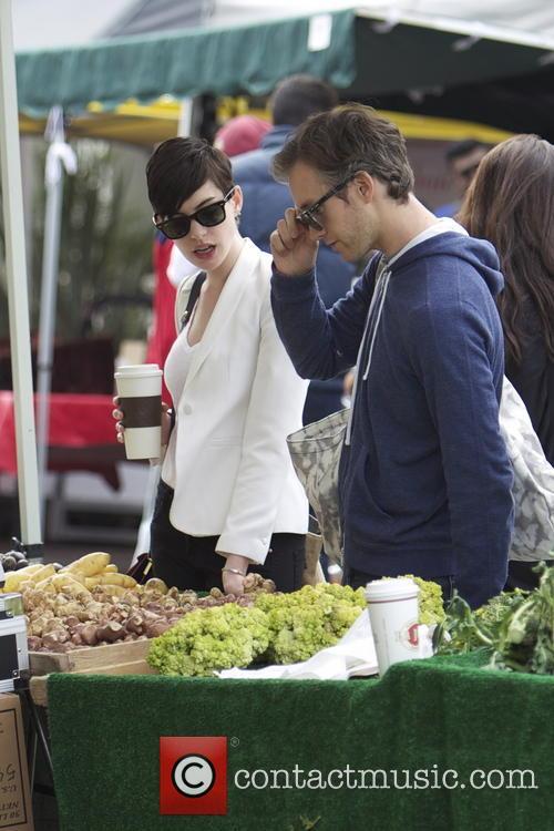 Anne Hathaway and Adam Shulman 25