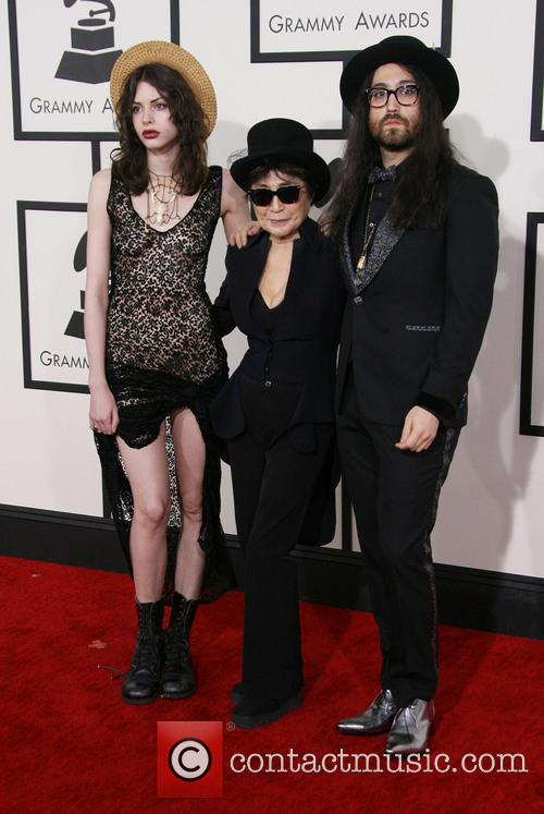 Charlotte Kemp Muhl, Yoko Ono and Sean Lennon 11