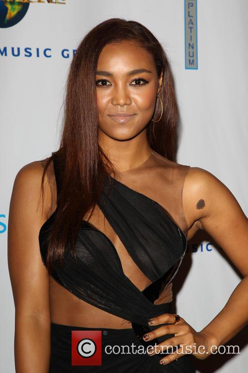 Universal Music, Crystal Kay, The Ace Hotel Theater, Grammy