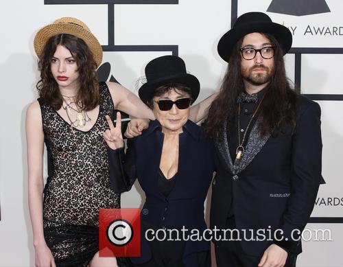 Charlotte Kemp Muhl, Yoko Ono and Sean Lennon 5