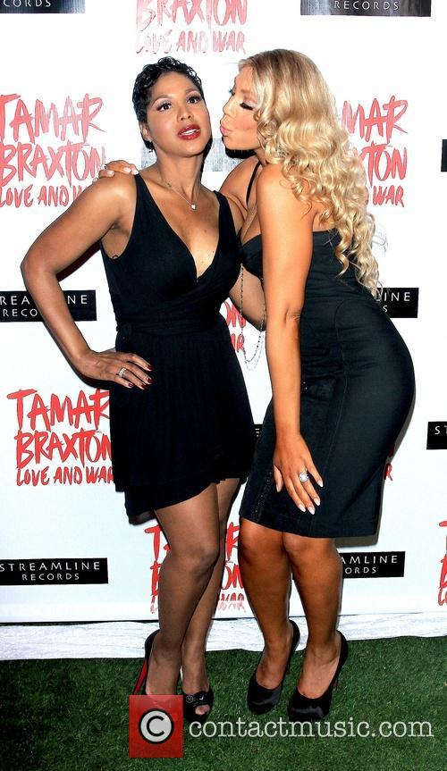 Toni Braxton and Tamar Braxton 5