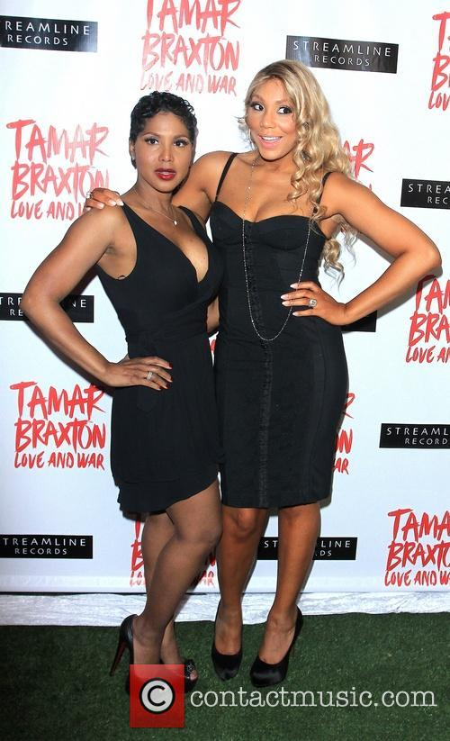Toni Braxton and Tamar Braxton 8