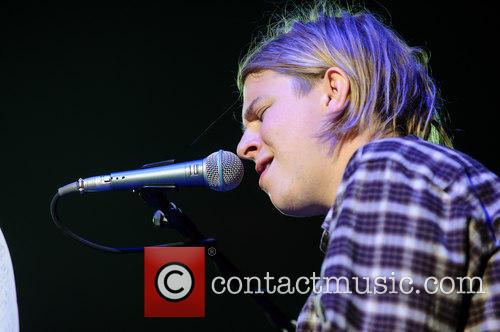 tom odell tom odell performing live 4044638