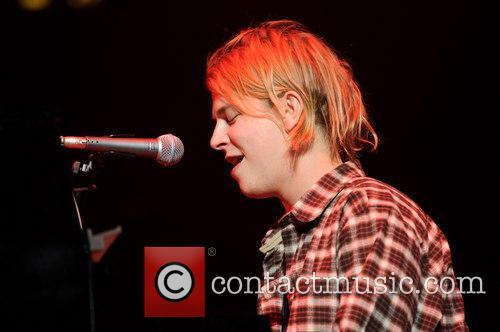 tom odell tom odell performing live 4044647