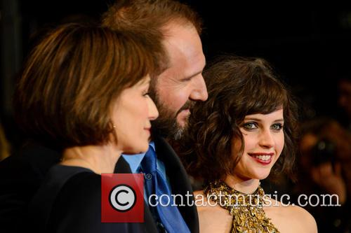 Kristin Scott Thomas, Ralph Fiennes and Felicity Jones 7