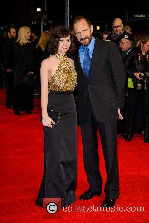 Ralph Fiennes and Felicity Jones 4