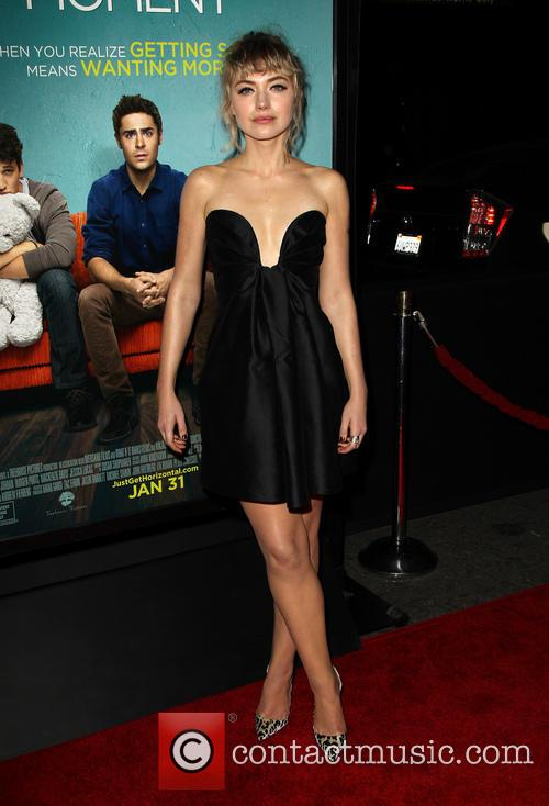 imogen poots premiere of focus features that 4044364