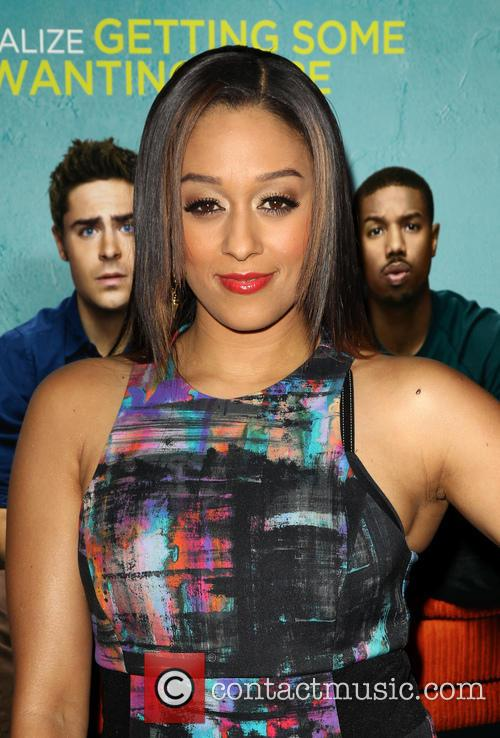tia mowry hardrict premiere of focus features that 4044292
