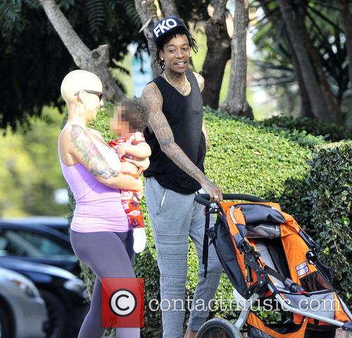 Wiz Khalifa and Amber Rose 4