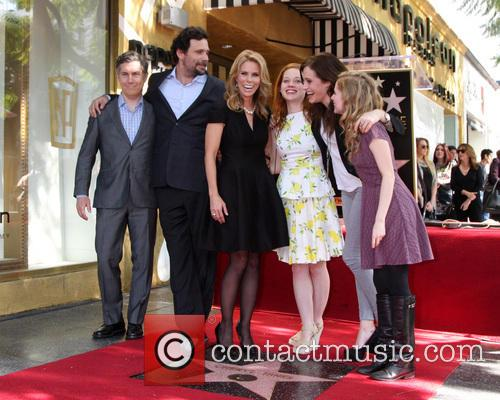 Chris Parnell, Jeremy Sisto, Cheryl Hines, Jane Levy, Carly Chaikin and Allie Grant 2