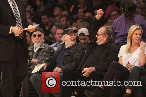 jack nicholson bruce dern celebs at the lakers 4045499