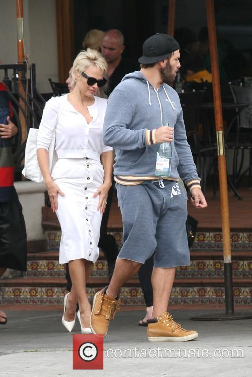 Pamela Anderson and Rick Salomon 25