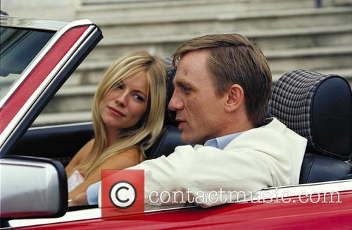 Sienna Miller and Daniel Craig 3