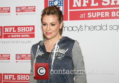 alyssa milano the nfl shop event for 4049004