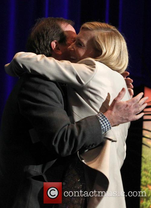 Cate Blanchett and Pete Hammond 6