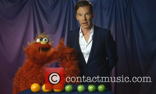 Benedict Cumberbatch does some super-sleuthing on Sesame Street.