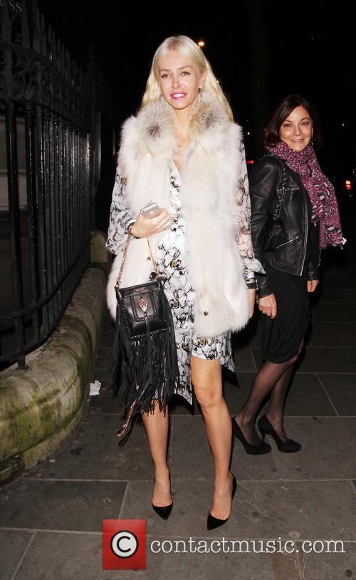 Kate Moss and Amanda Cronin 3
