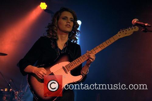 Anna Calvi 12