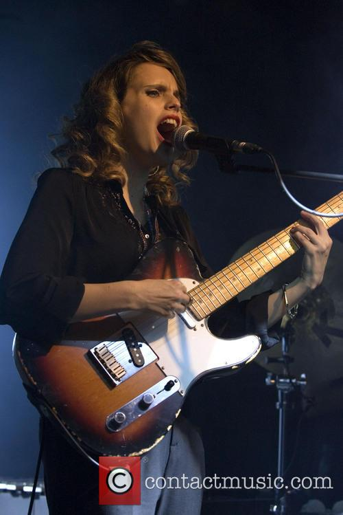 Anna Calvi 13