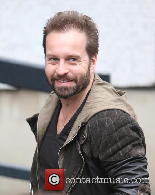 Alfie Boe News Photos And Videos