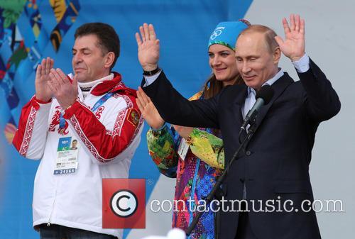 Alexander Kravtsov, Yelena Isinbayeva and Vladimir Putin 3