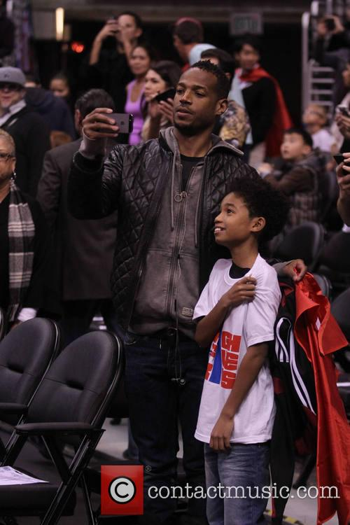 marlon wayans celebs at the clippers game 4054341