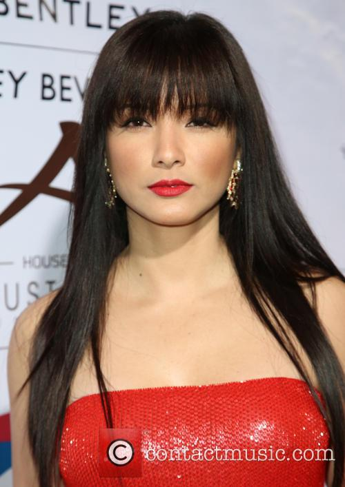 Kelly Hu 2