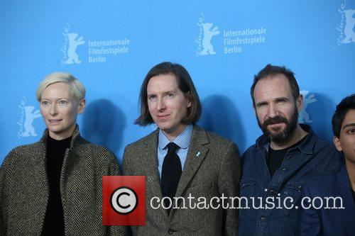 Tilda Swinton, Ralph Fiennes and Wes Anderson 9