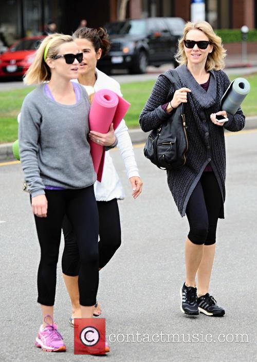 Naomi Watts and Reese Witherspoon 13