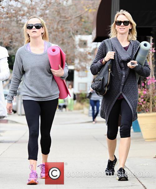 Naomi Watts and Reese Witherspoon 16