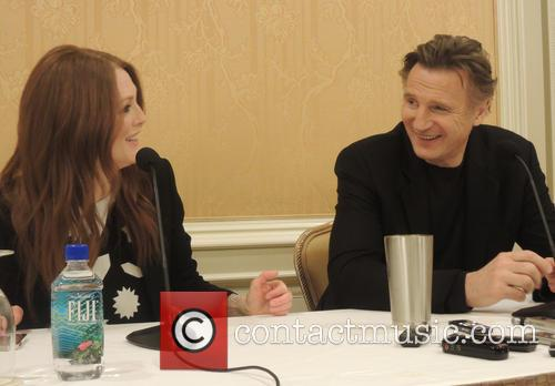 Julianne Moore and Liam Neeson 2