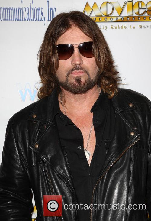 Billy Ray Cyrus, Universal Hilton Hotel