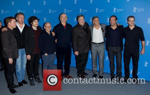George Clooney, Matt Damon, John Goodman, Jean Dujardin, Bill Murray, Bob Balaban, Hugh Bonneville, Dimitri Leonidas and Justus Von Dohnanyi 7