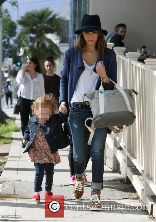 Jessica Alba Out For Family Lunch