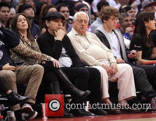 Billy Crystal, Tommy Lasorda and Janice Crystal 1
