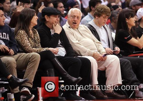 Billy Crystal, Tommy Lasorda and Janice Crystal 4